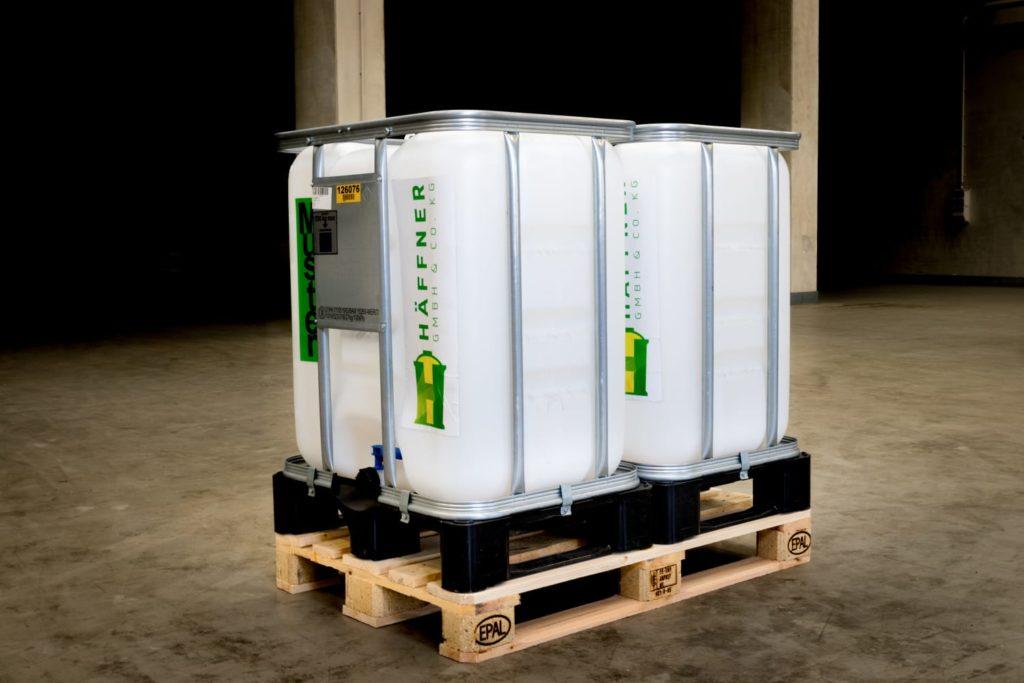 300 Liter IBC doppelt auf EURO-Palette